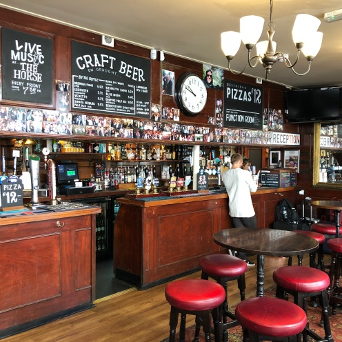 pub-st-christopher's-inns-londra.jpeg